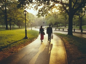 Ежедневная прогулка уменьшает риск инсульта